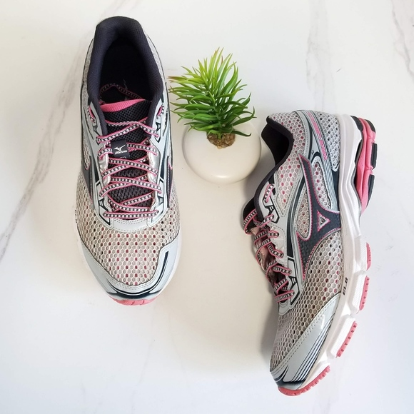 Mizuno Shoes - Mizuno Wave Legend 3 Running Shoes Pearl Gray Pink